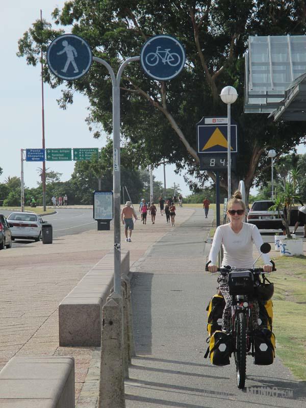 rambla-montevideo-bici