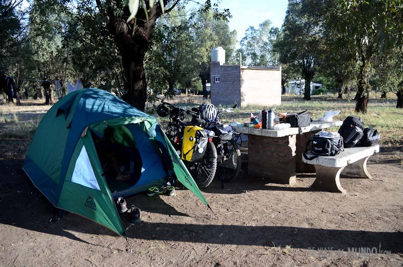 plaza-origone-acampar