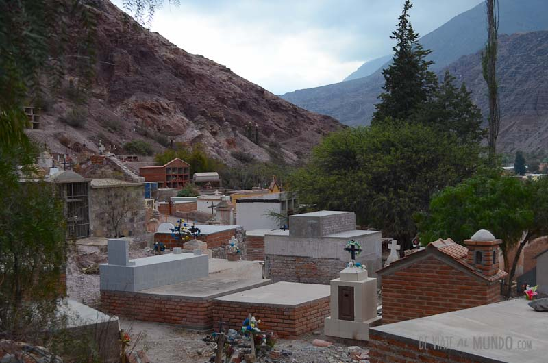 purmamarca-cementerio
