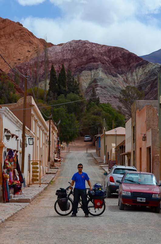 purmamarca-calles-bici
