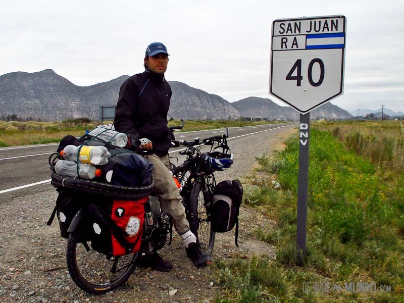 ruta-40-cartel-bici